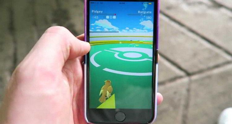 Pokemon GO Gym Battles 6
